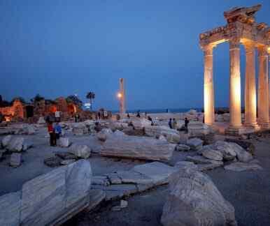 Apollon-Tempel am Hafen